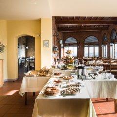 Отель La Cisterna Италия, Сан-Джиминьяно - 1 отзыв об отеле, цены и фото номеров - забронировать отель La Cisterna онлайн питание фото 3