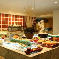 Отель Taj Bentota Resort & Spa Шри-Ланка, Бентота - 2 отзыва об отеле, цены и фото номеров - забронировать отель Taj Bentota Resort & Spa онлайн питание фото 3