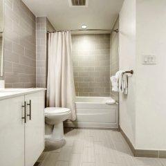 Отель Global Luxury Suites at Chinatown США, Вашингтон - отзывы, цены и фото номеров - забронировать отель Global Luxury Suites at Chinatown онлайн ванная