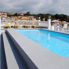 Отель Apartamentos Las Americas Испания, Бланес - отзывы, цены и фото номеров - забронировать отель Apartamentos Las Americas онлайн бассейн фото 3