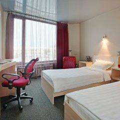 Гостиница Маринс Парк в Екатеринбурге - забронировать гостиницу Маринс Парк, цены и фото номеров Екатеринбург комната для гостей фото 2