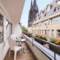 Отель Callas Am Dom Hotel Германия, Кёльн - 11 отзывов об отеле, цены и фото номеров - забронировать отель Callas Am Dom Hotel онлайн балкон