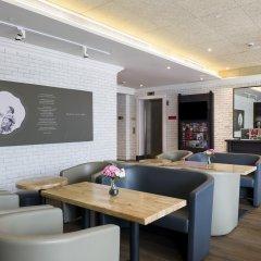 Hotel Bencoolen@Hong Kong Street гостиничный бар