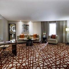 Отель Crowne Plaza Dubai - Deira Дубай удобства в номере