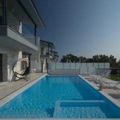 Отель White Pearl Luxury Villas Греция, Пефкохори - отзывы, цены и фото номеров - забронировать отель White Pearl Luxury Villas онлайн бассейн фото 3