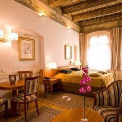 Отель Santini Residence Чехия, Прага - отзывы, цены и фото номеров - забронировать отель Santini Residence онлайн гостиничный бар