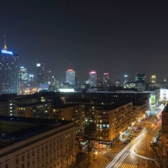 Отель Mercure Warszawa Grand Польша, Варшава - 13 отзывов об отеле, цены и фото номеров - забронировать отель Mercure Warszawa Grand онлайн балкон