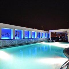 Отель Crowne Plaza Abu Dhabi бассейн фото 3