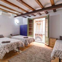 Отель 9 pax las Ramblas, Montserrat (Barcelona) Испания, Барселона - отзывы, цены и фото номеров - забронировать отель 9 pax las Ramblas, Montserrat (Barcelona) онлайн комната для гостей
