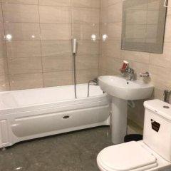 Гостиница Grand Hayat в Черкесске отзывы, цены и фото номеров - забронировать гостиницу Grand Hayat онлайн Черкесск ванная