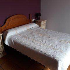 Отель Hostal Ardoi сейф в номере