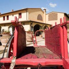 Отель Casolare Le Terre Rosse Италия, Сан-Джиминьяно - 1 отзыв об отеле, цены и фото номеров - забронировать отель Casolare Le Terre Rosse онлайн приотельная территория