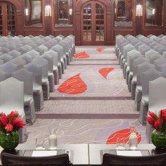 Отель Mövenpick Hotel Bur Dubai ОАЭ, Дубай - отзывы, цены и фото номеров - забронировать отель Mövenpick Hotel Bur Dubai онлайн помещение для мероприятий фото 2
