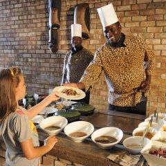 Отель Etosha Village питание