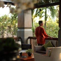 Отель The Kayana Villa питание
