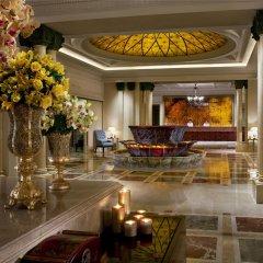Отель The Ritz Carlton Guangzhou Гуанчжоу интерьер отеля