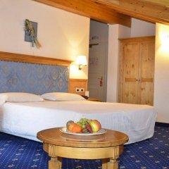 Hotel Dolomiti сейф в номере