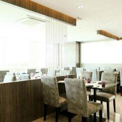 Отель Crystal Suites Suvarnabhumi Airport Бангкок питание фото 2