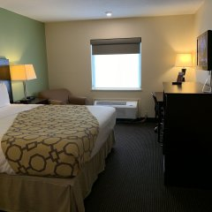 Отель Baymont Inn & Suites Jefferson City комната для гостей