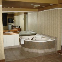 Отель Days Inn by Wyndham Trois-Rivieres спа