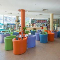 Ivana Palace Hotel гостиничный бар