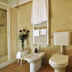 Отель La Rotonda Relais Италия, Лимена - отзывы, цены и фото номеров - забронировать отель La Rotonda Relais онлайн ванная фото 2