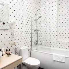 Отель River Side ванная фото 2
