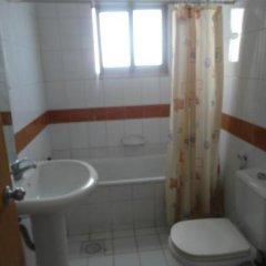Отель Askadenya Furnished Apartments Иордания, Амман - отзывы, цены и фото номеров - забронировать отель Askadenya Furnished Apartments онлайн ванная