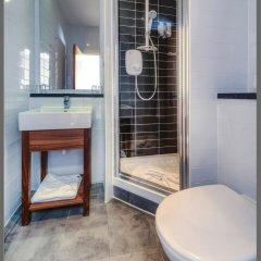 Отель Comfort Inn St Pancras - Kings Cross ванная фото 2