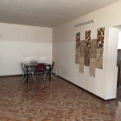 BAAZ Hostel Ереван помещение для мероприятий