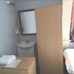 Отель Strand Continental Великобритания, Лондон - 1 отзыв об отеле, цены и фото номеров - забронировать отель Strand Continental онлайн ванная фото 2