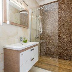 Отель Kaliman Villa Lux Черногория, Тиват - отзывы, цены и фото номеров - забронировать отель Kaliman Villa Lux онлайн ванная