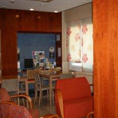 Отель Montecarlo Испания, Курорт Росес - 1 отзыв об отеле, цены и фото номеров - забронировать отель Montecarlo онлайн питание фото 2