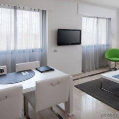 NH Suites Prisma Hotel удобства в номере