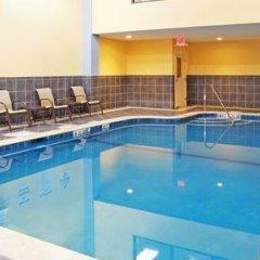 Отель Holiday Inn Express & Suites Niagara Falls США, Ниагара-Фолс - отзывы, цены и фото номеров - забронировать отель Holiday Inn Express & Suites Niagara Falls онлайн бассейн фото 3