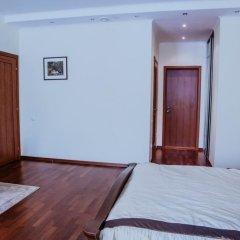 Гостиница «Снежный» в Шерегеше отзывы, цены и фото номеров - забронировать гостиницу «Снежный» онлайн Шерегеш комната для гостей фото 3