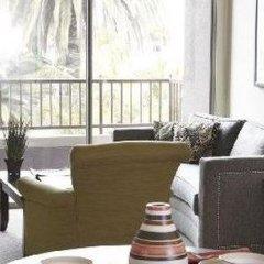 Отель Oakwood at Palazzo East США, Лос-Анджелес - отзывы, цены и фото номеров - забронировать отель Oakwood at Palazzo East онлайн удобства в номере