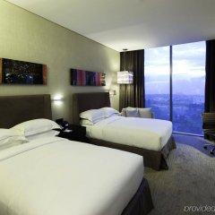 Отель Hilton Mexico City Santa Fe Мексика, Мехико - отзывы, цены и фото номеров - забронировать отель Hilton Mexico City Santa Fe онлайн комната для гостей фото 2