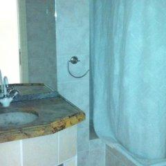 Meryem Ana Hotel Турция, Алтинкум - отзывы, цены и фото номеров - забронировать отель Meryem Ana Hotel онлайн ванная фото 2