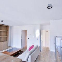 Апартаменты Royal Apartments Botanique Брюссель комната для гостей фото 5