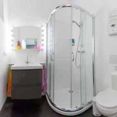 Апартаменты Hip Apartment At The Belvedere Castle - Streetview Wien Вена ванная
