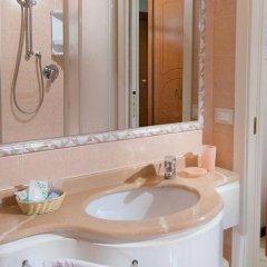 Hotel Aragosta Римини ванная