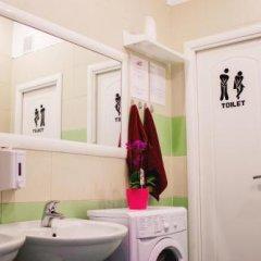 Гостиница Cheshire Cat Hostel в Сочи 9 отзывов об отеле, цены и фото номеров - забронировать гостиницу Cheshire Cat Hostel онлайн ванная