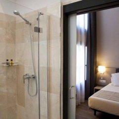 Отель May Ramblas Hotel Испания, Барселона - отзывы, цены и фото номеров - забронировать отель May Ramblas Hotel онлайн ванная фото 2