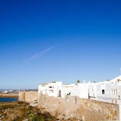 Отель Intercontinental Hotel Tangier Марокко, Танжер - отзывы, цены и фото номеров - забронировать отель Intercontinental Hotel Tangier онлайн пляж