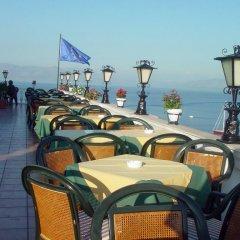Отель Cavalieri Hotel Греция, Корфу - 1 отзыв об отеле, цены и фото номеров - забронировать отель Cavalieri Hotel онлайн приотельная территория