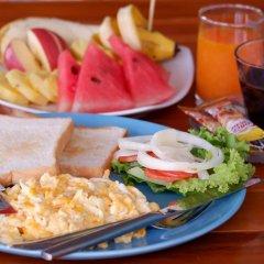 Отель Marina Hut Guest House - Klong Nin Beach питание