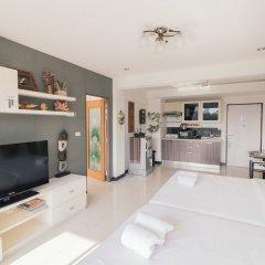 Апартаменты Bangkok Two Bedroom Apartment Бангкок в номере