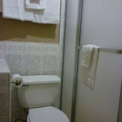 Отель La Escalinata Гондурас, Копан-Руинас - отзывы, цены и фото номеров - забронировать отель La Escalinata онлайн ванная