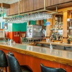 Отель Quality Inn Huntingburg гостиничный бар